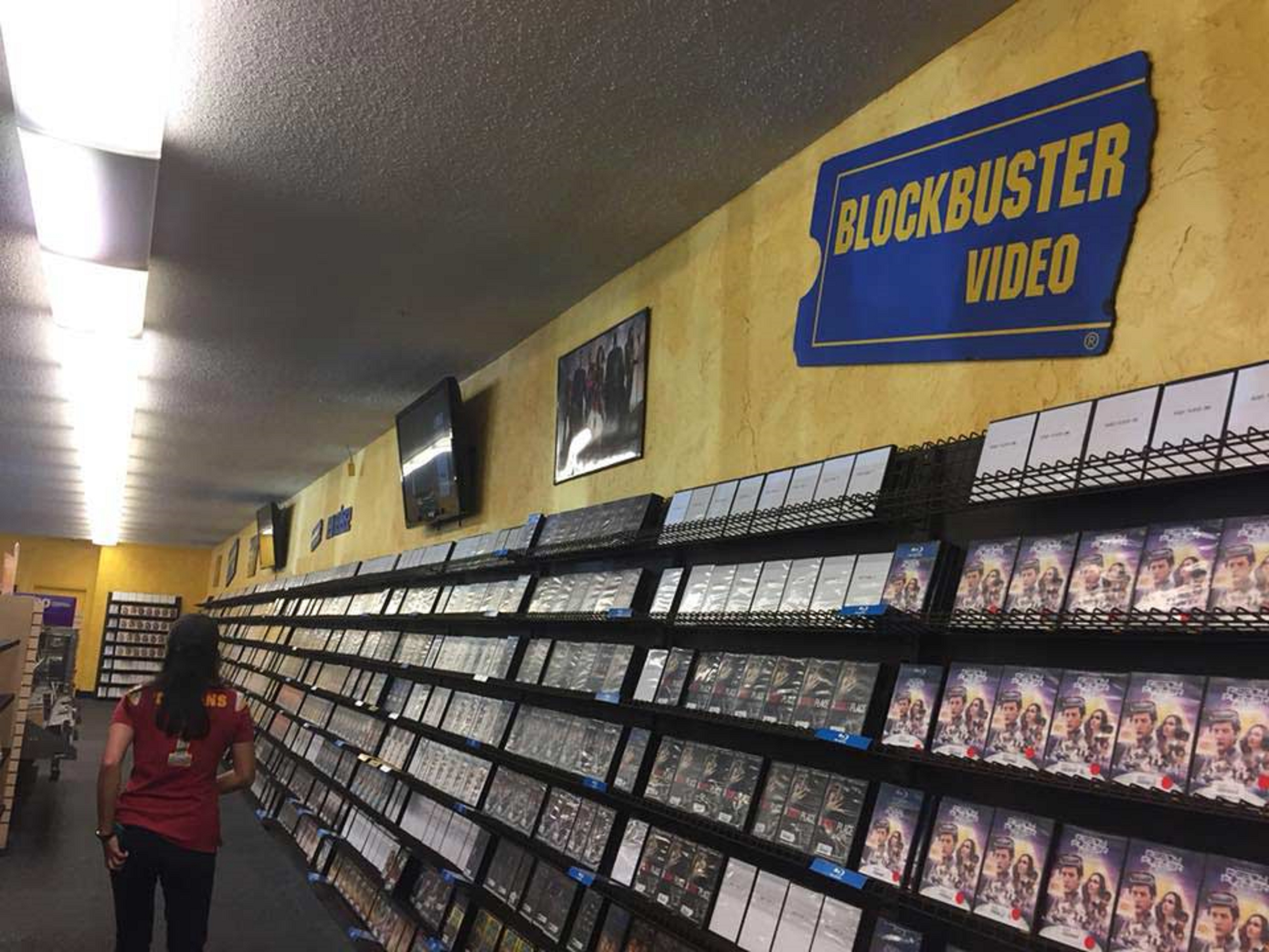 Why Blockbuster Went Out of Business